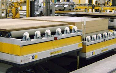 Holzindustrie - Hubtisch für doppelseitige Beschickung